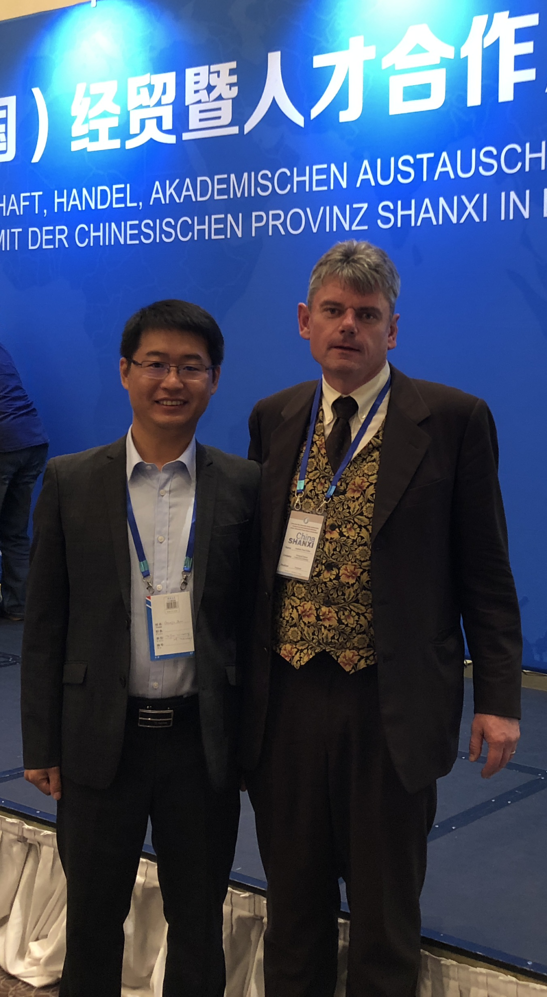 Andreas P. Fröba with Dr. Guanjia Zhao from Taiyuan University of Technology